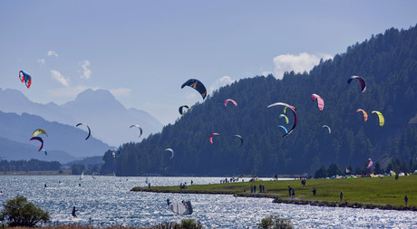 Kitesurfing on Lake Silvaplana in Engadin